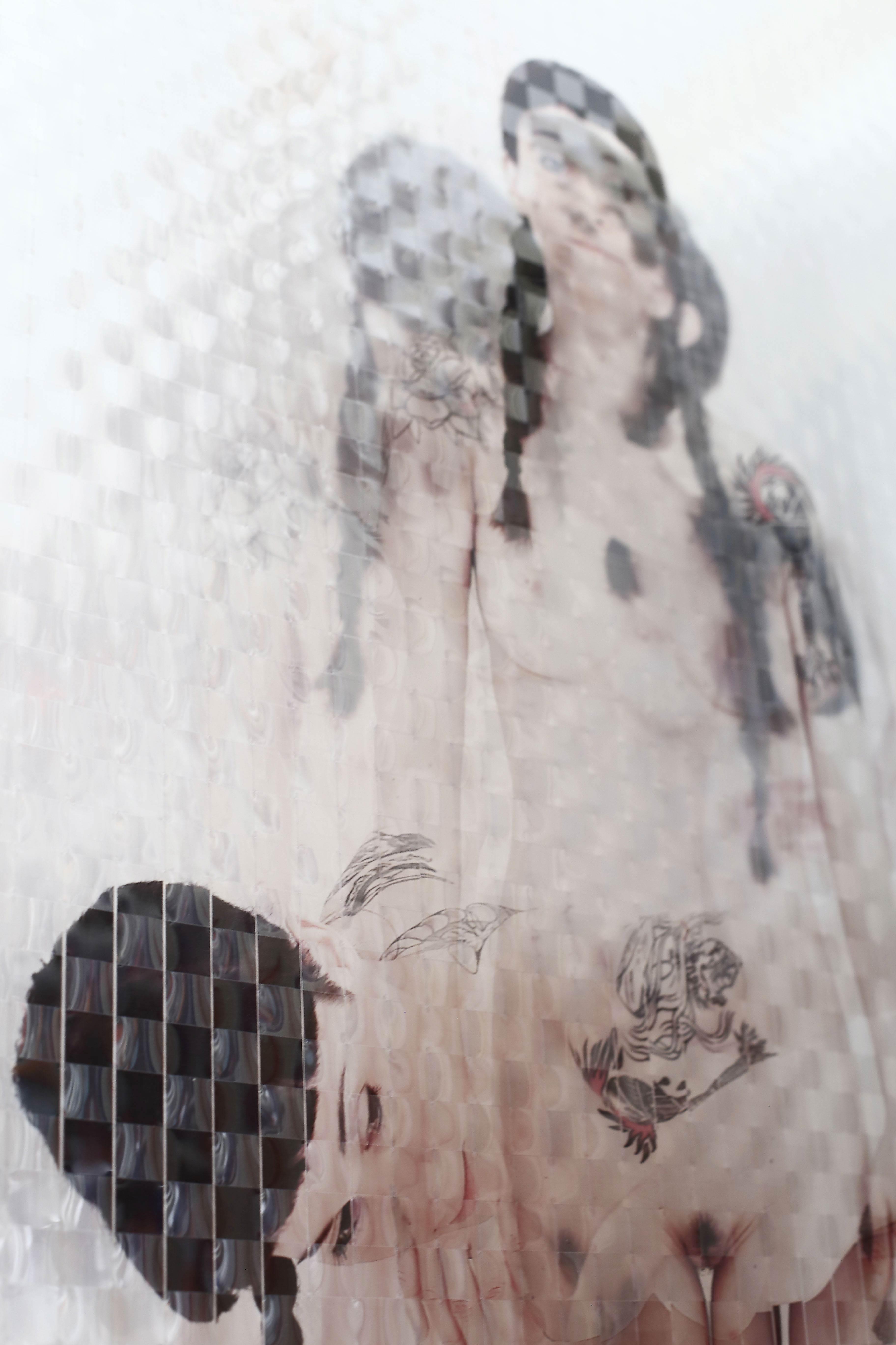 Gigi Piana, Free still - Olga 1, 2017, Intreccio di foto stampate su acetato trasparente, 190 cm (altezza) x 90cm